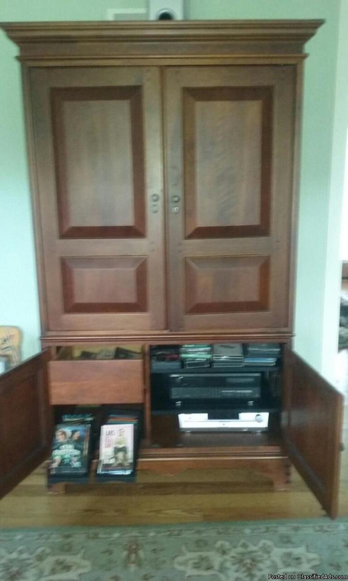 TV cabinet - all wood with book ends