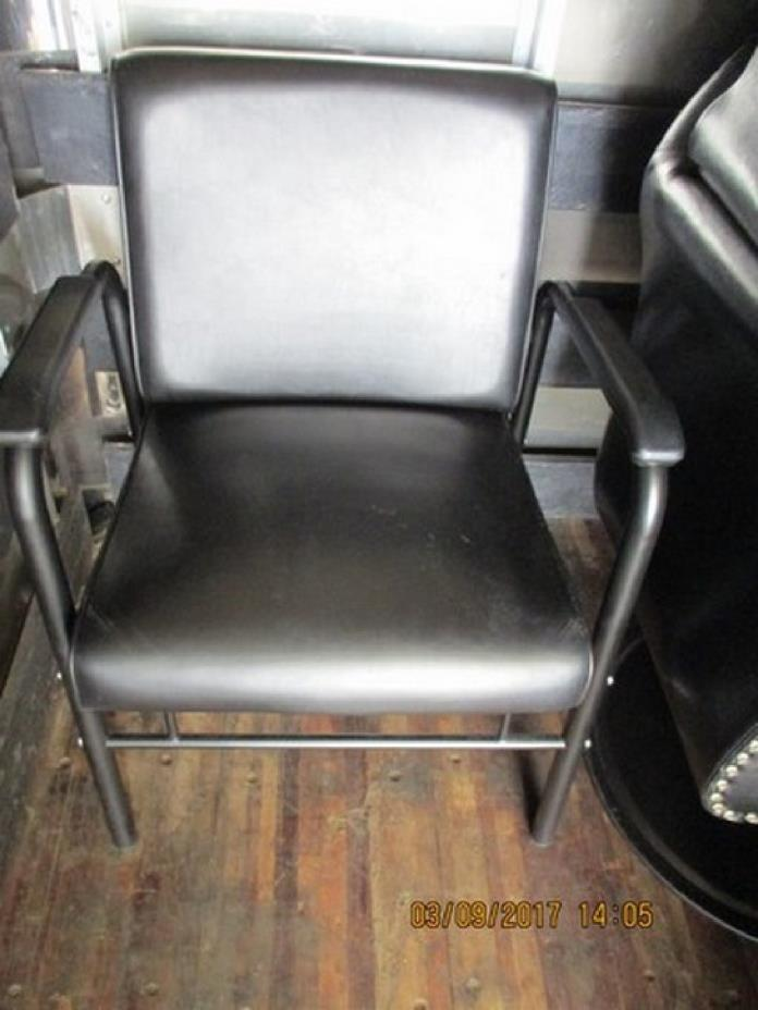 Lot of 2 Minerva Dryer Chair w/ Highland Dryer RTR#6113338-08,09,10,11
