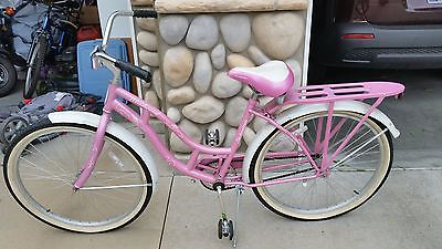 Schwinn pink windwood girls bike bicycle cruiser
