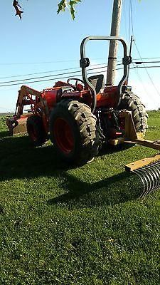 Kubota 4x4 tractor and highlift