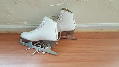 Riedell Womens White Ice Skates - Size 6