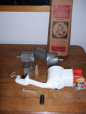 1953 The Kitchen Craft Food Slicer Shredder West Bend Counter Top 3 Cones IN EUC