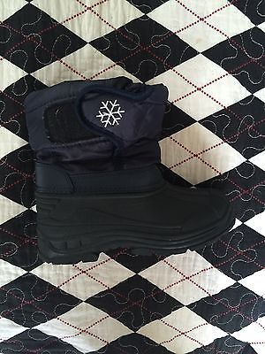 Boy's Snow Boots Size 12
