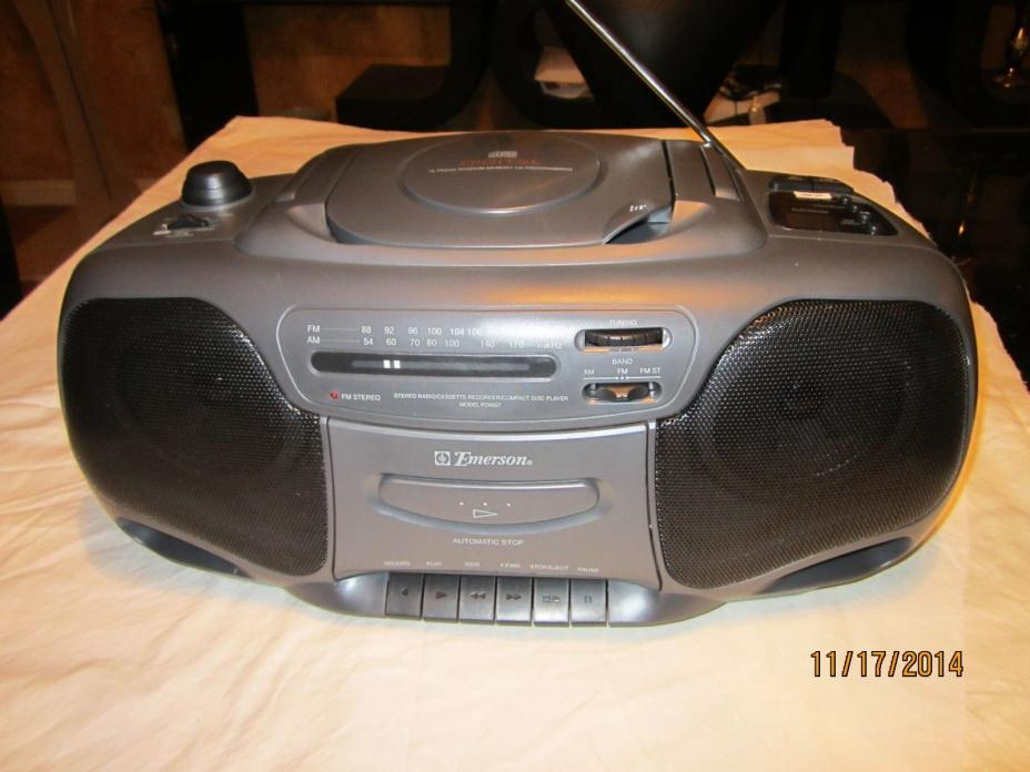 CD Stereo AM/FM Radio Cassette Recorder Boombox Emerson PD 6607BP