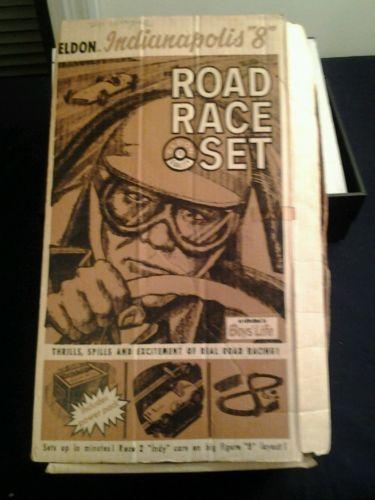ELDON INDIANNAPOLIS 8 ROAD RACE SET  TOY