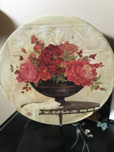 Red Floral Accent 12