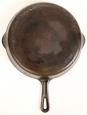Vtg Griswold Cast Iron No. 9 FRYING PAN SKILLET 710C Erie PA Double Spout - 11