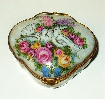 LIMOGES BOX - FLORAL - DOVES & FLOWERS - ROSES - TWO WEDDING RINGS -