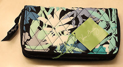 Vera Bradley Accordion Wallet Camofloral Brand New with Tags