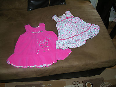 baby/girls 2 dresses size 12 Months