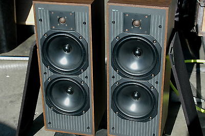 KEF C Series C40 Speakers w/stands Made in England nice!