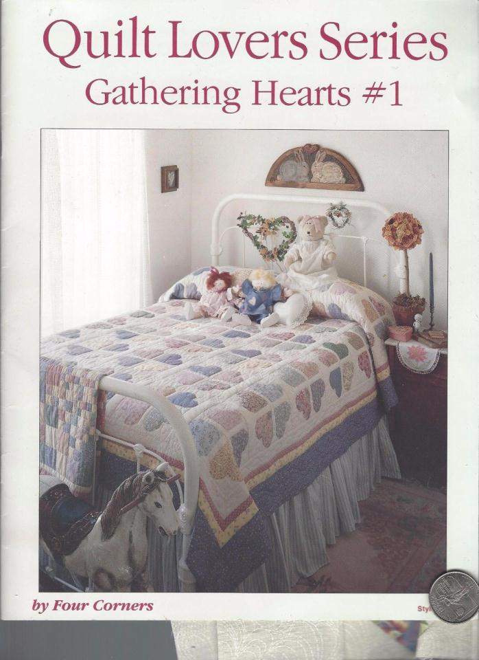 QUILT LOVERS SERIES GATHERING HEARTS #1   14 PAGES SOFT BOUND