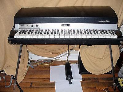 VINTAGE 1970's FENDER RHODES 73 MARK 1 STAGE PIANO