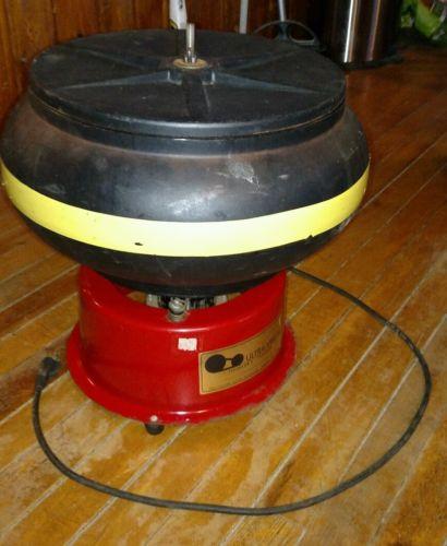 Ultra Vibe 45 Industrial 57 lb Capacity Vibratory Tumbler