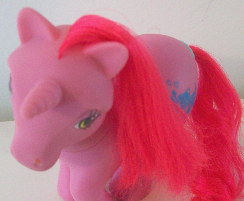 G1 My Little Pony Tabby Vintage MLP - works!