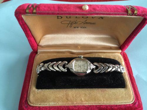 VINTAGE Bulova Diamond Watch 17 Jewels 10K GF RUNNING