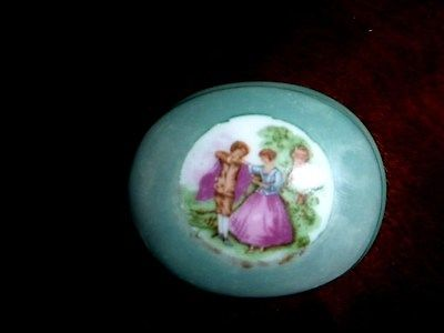 Victorian Keepsake Porcelane Box