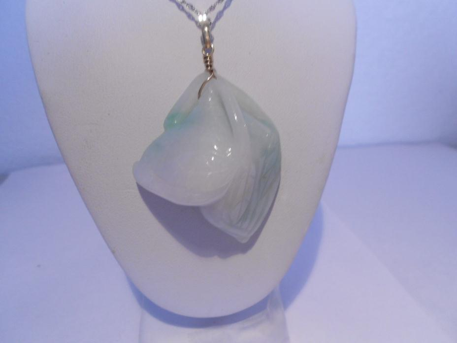 white & green jade antiques pendant 14kt gold ( without chain )