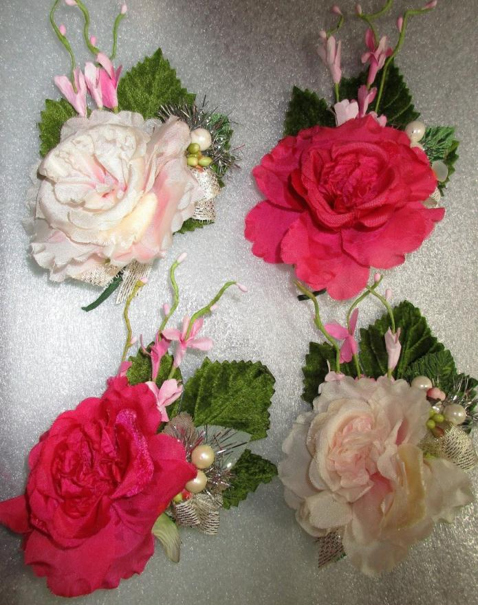 4 SMALL SIZE FLOWER FAVORS=TUSSY MUSSY=SMALL  CORSAGE= PARTY FAVOR