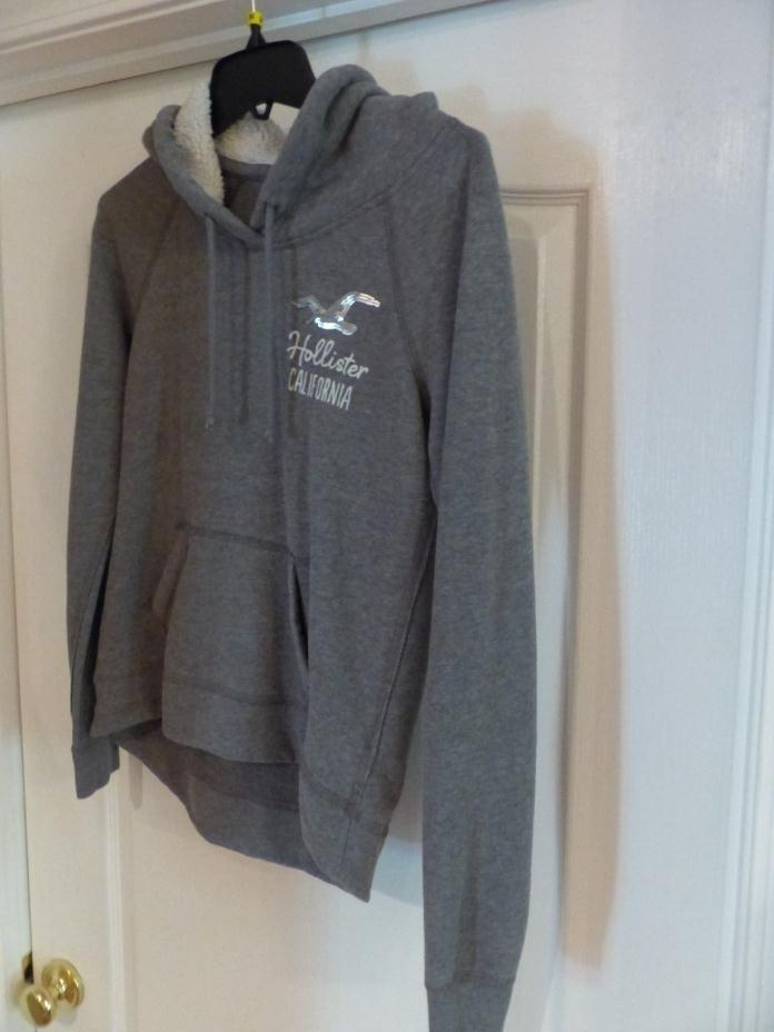 Hollister Women Hoodie Gray Medium Pullover Sweatshirt California hooded pocket