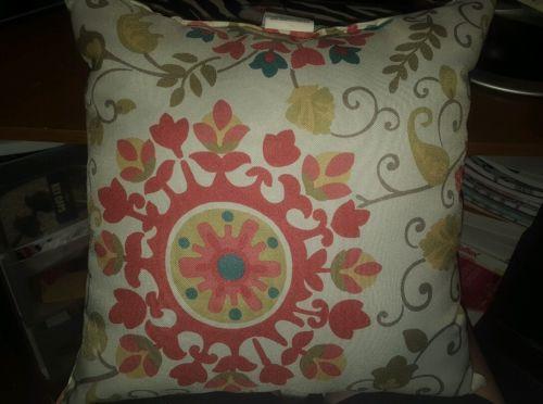 Mainstays medalli throw pillows