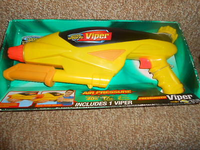 Water Warriors Viper Air Pressure by Buzz Bee Toys