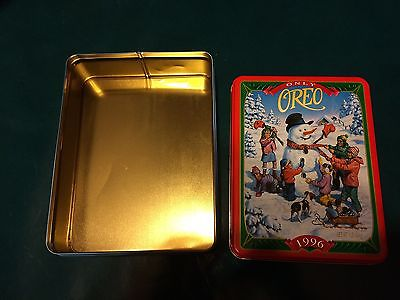 1996 Oreo Cookie Santa Collector's Tin! Beautiful condition!
