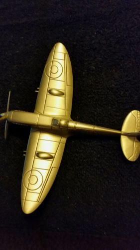 Danbury mint  supermarine spitfire  great Britain  ( pewter )