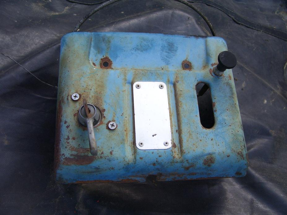 VINTAGE FORDSON SUPER MAJOR  TRACTOR - IGNITION SWITCH & LOWER PANEL
