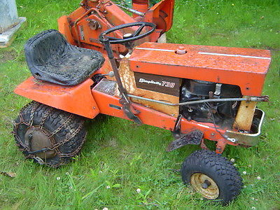simplicity garden Tractor, vintage with mower and snow blower attatchments