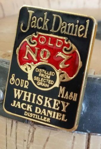 ↗ 1999 ↖ Jack  Daniels ☆☆ SOUR MASH BLACK LABEL PIN ☆☆ Buckles Of America