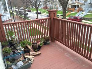 June 1st, BAY VIEW- Female Roommate Wanted