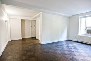 Steps from Union Square-Kingsized Bedroom-Gym-Elevator-Share-Call (Gramercy)