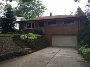 Room available for rent Wauwatosa available June 1 (Wauwatosa)