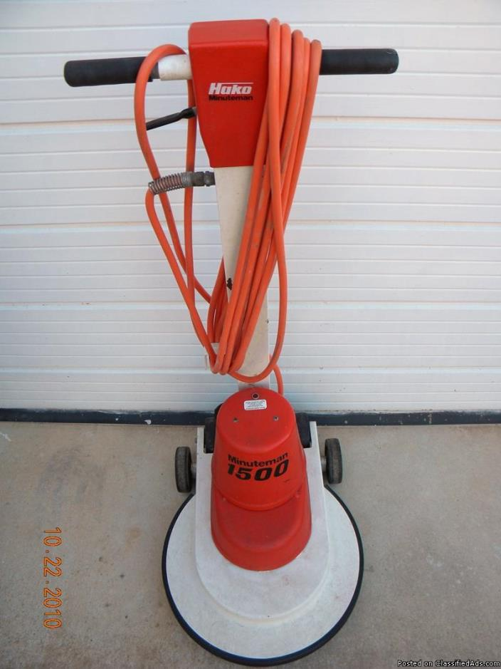 4 floor cleaning machines like new