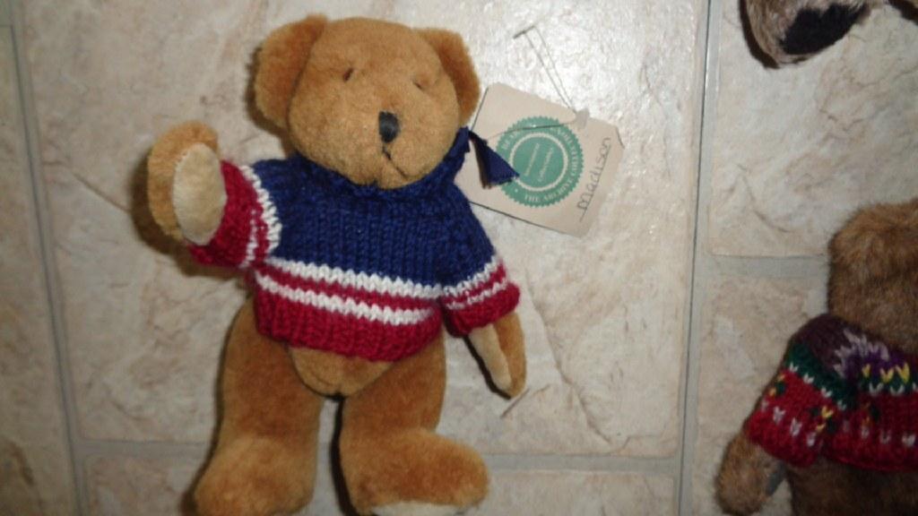 3 Boyd Bears with tags