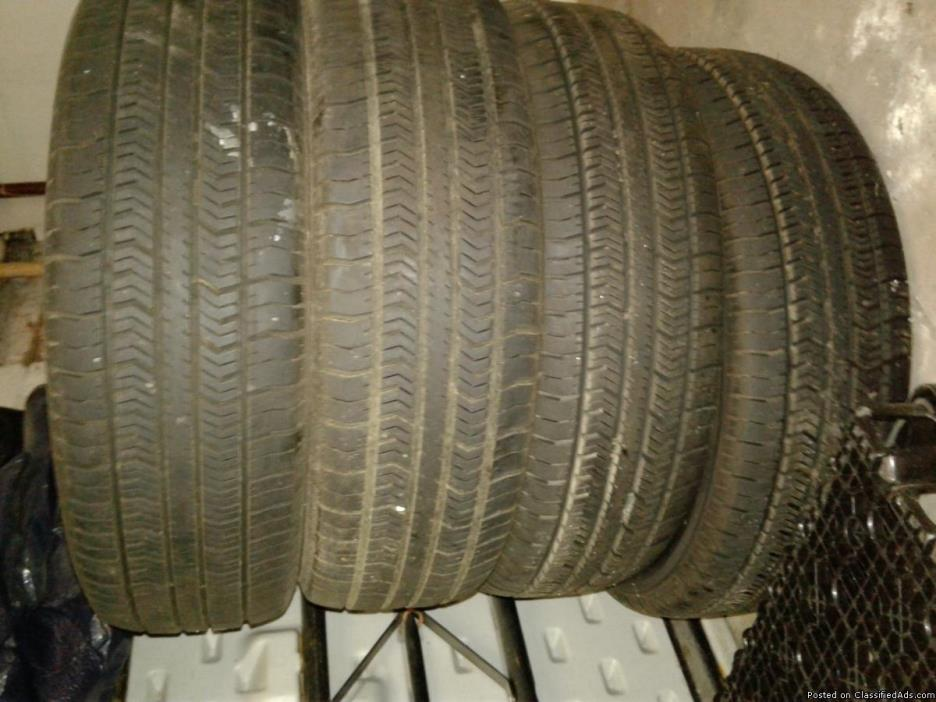 4 NEW 14in tires