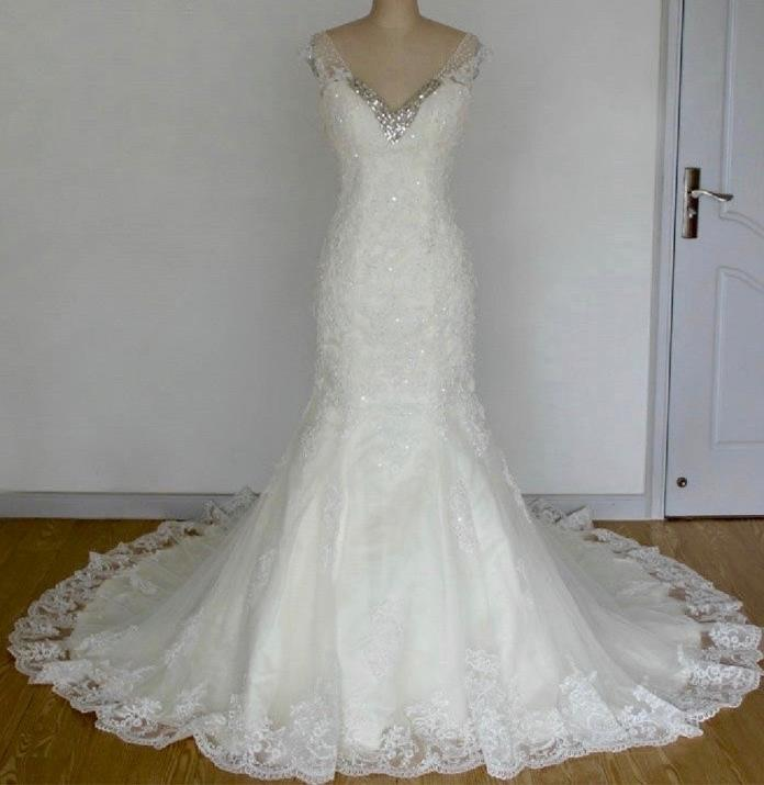 Taylor's Mermaid Lace V Neck Wedding Gown