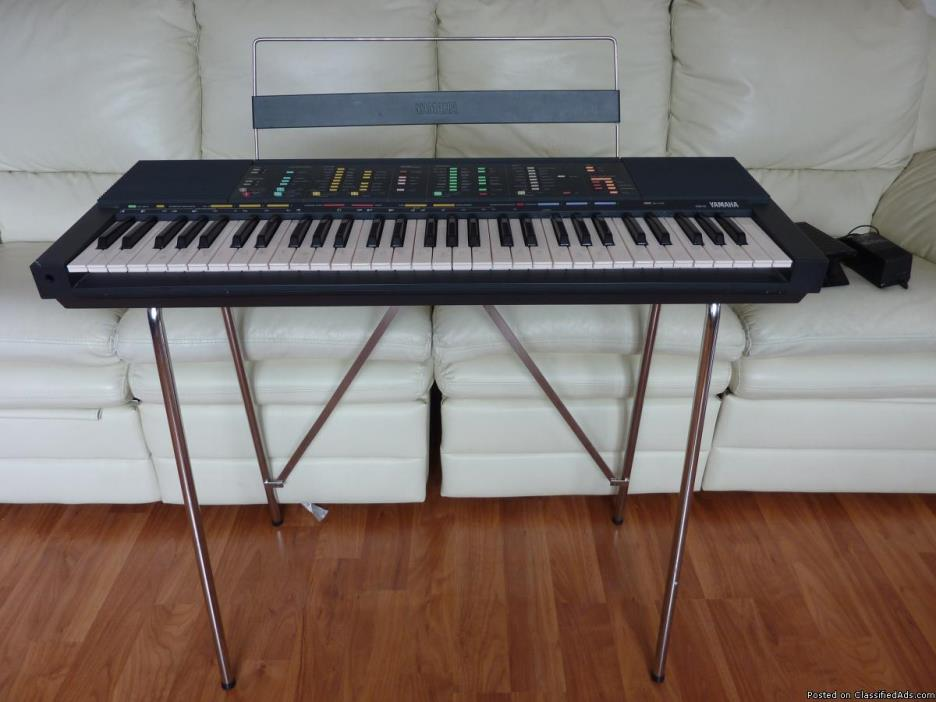 YAMAHA-PSR-70 WITH EXP.PEDAL