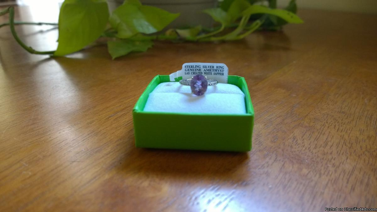 Geniune Amethyst & White Sapphire Ring set in Sterling Silver, Excellent!