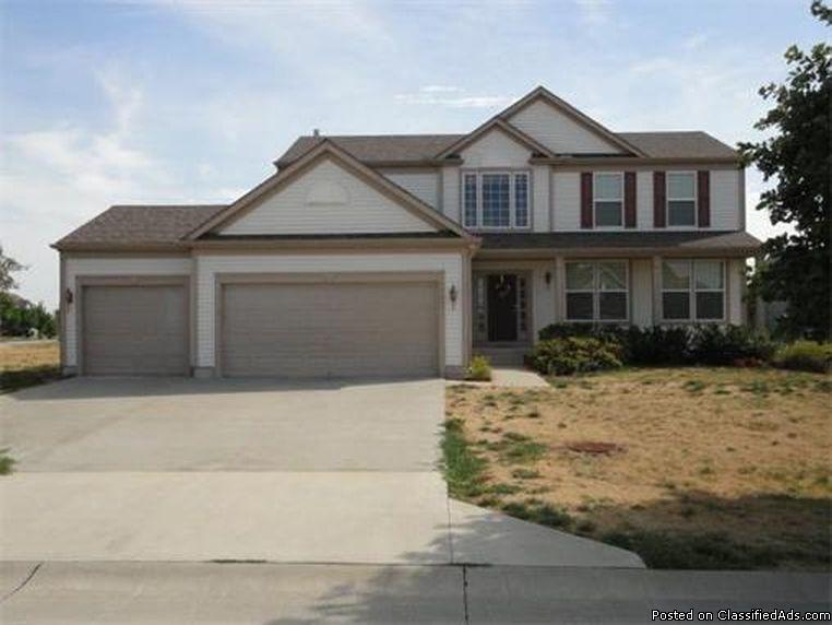 Spacious single story home with 4 beds 2.5 baths in Shawnee, KS 66227