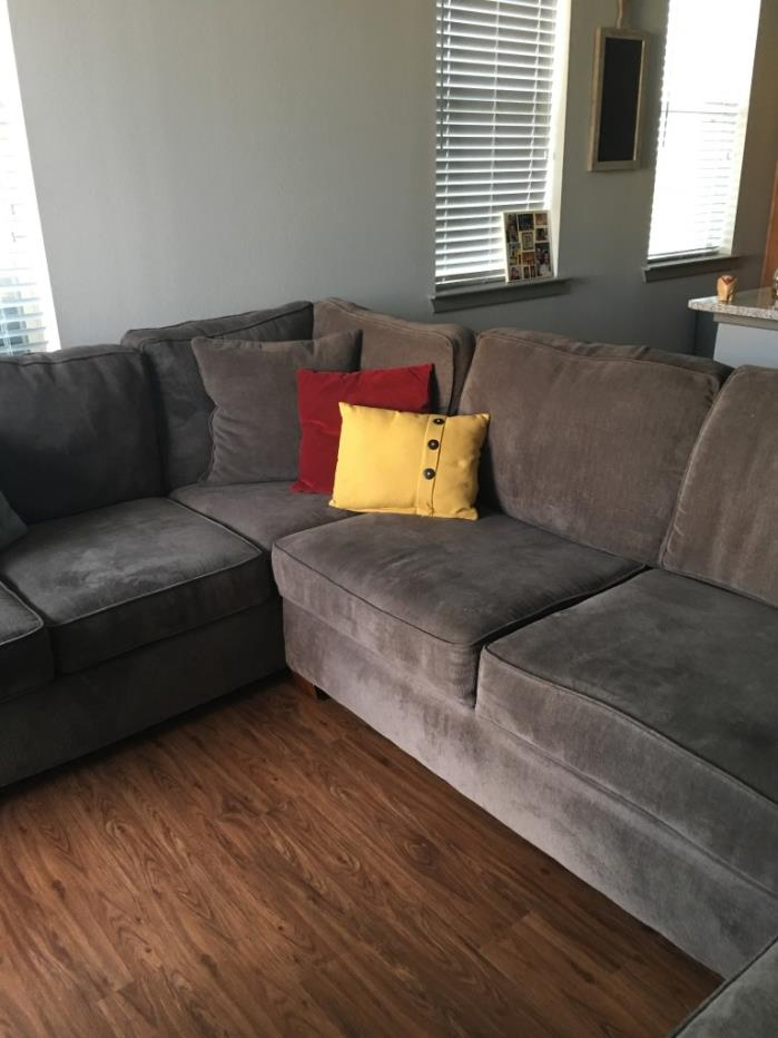Havertys Sectional