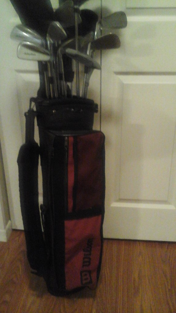 Childs Junior's Complete Golf Club Set & Bag