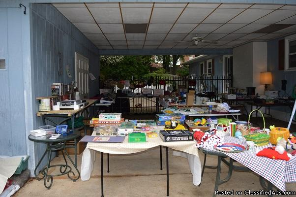 Huge Multi-Family Yard Sale