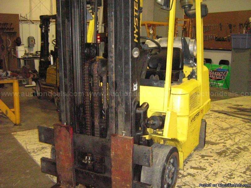 Hyster S80XM Forklift