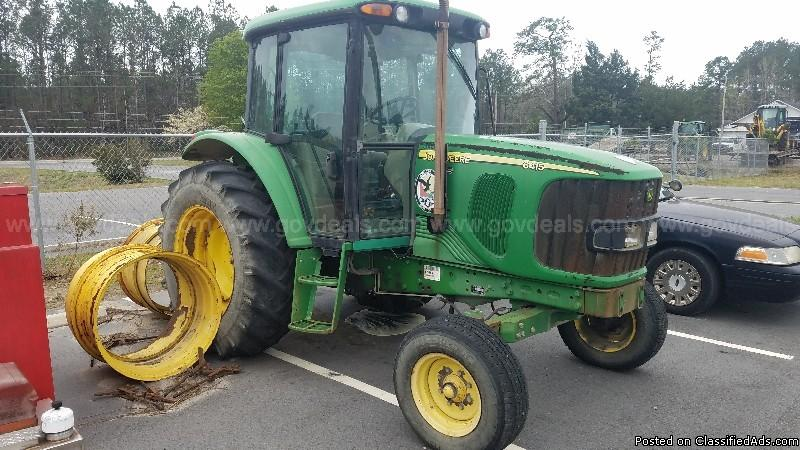 John Deere 6415 Tractor with Cab
