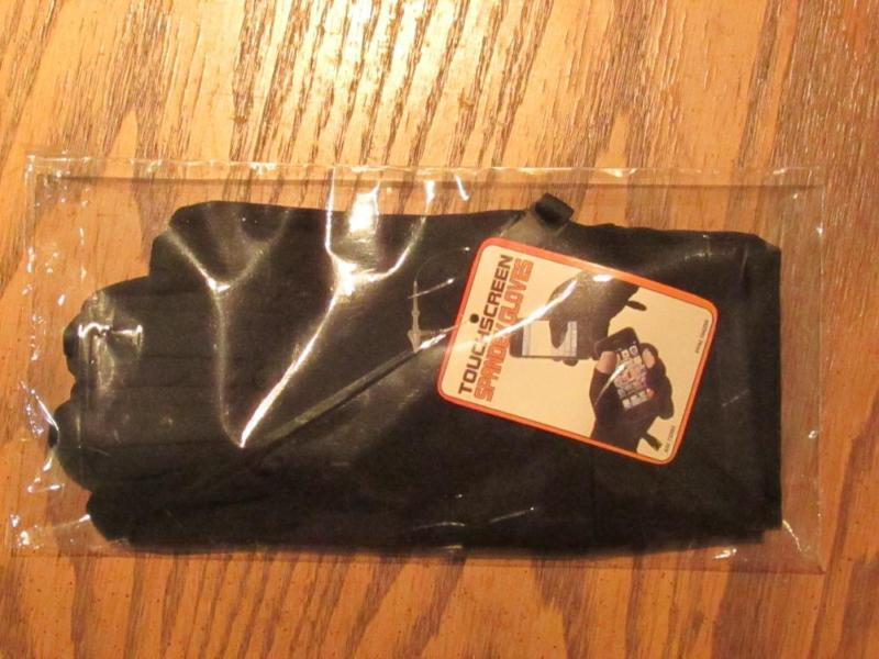 Great Gift or Treat Yourself! Touchscreen Spandex Gloves BRAND NEW