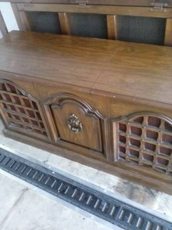 Zenith 8 Track & Record Player Console