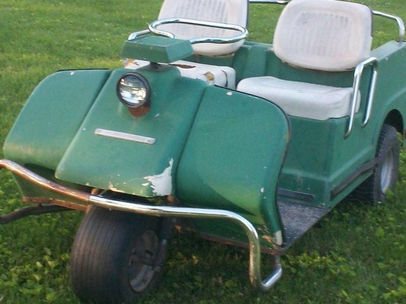 Harley Davison golf cart
