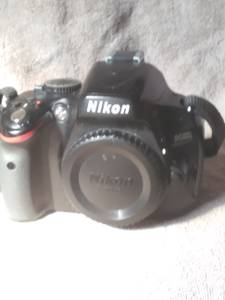 Nikon d5100 Digital Camera (Versailles Ky)